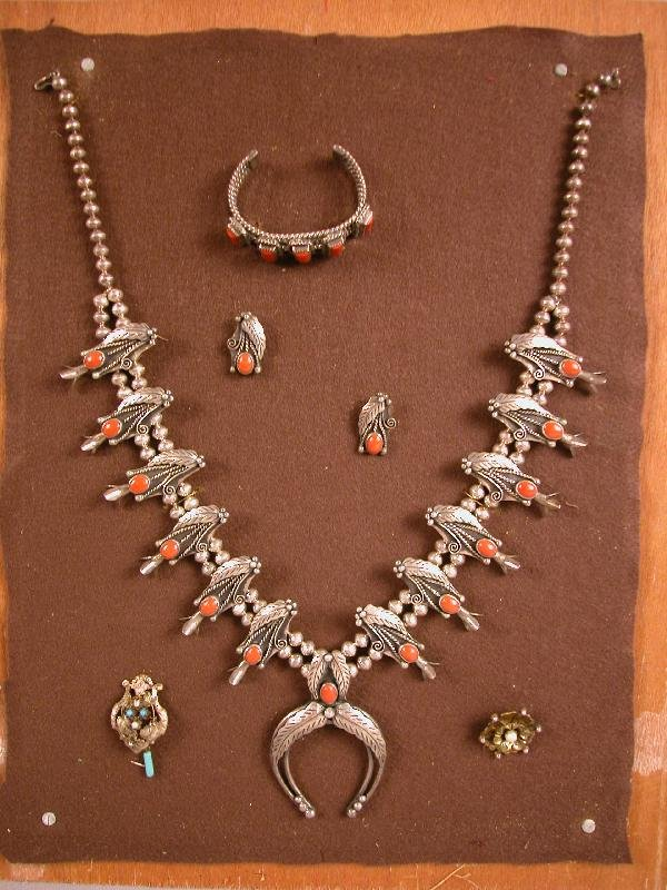 4149: Sterling Indian necklace, earrings, bracelet and