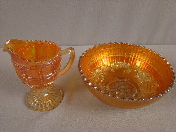 1008: Imperial marigold carnival glass frosted block cr