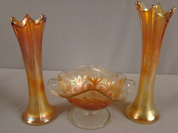 1032: Carnival glass group - 2 Dugan marigold 1013 vase