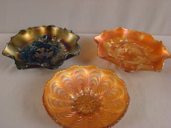 1046: Carnival glass group - pair of Fenton acorn bowls