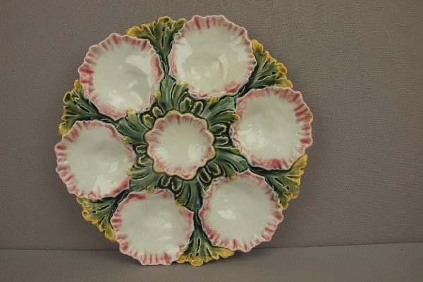 1053:  French majolica 6 well oyster plate, minor rim n