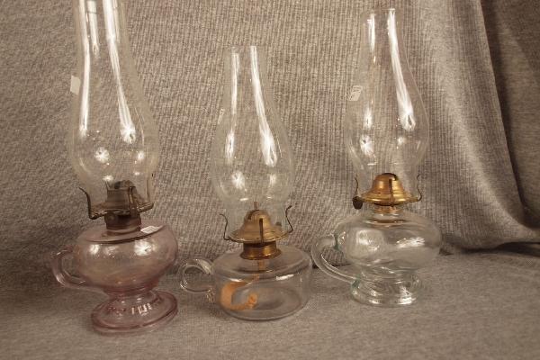 12: Lot of 3 finger oil lamps