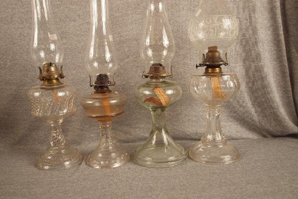 16: Lot of 4 pattern glass oil lamps