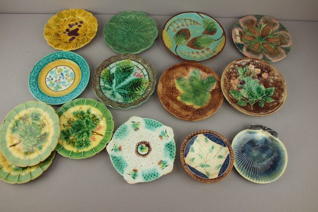 7: Majolica lot of 14 plates,  various patterns and con