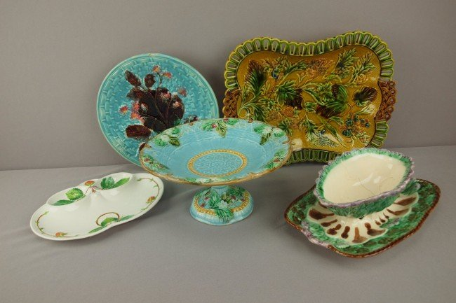 20: Majolica group of 5 pieces -  asparagus sauce boat,