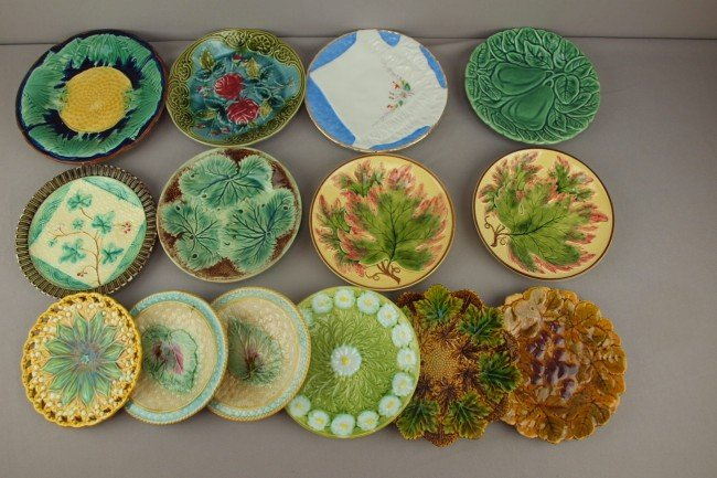25: Majolica lot of 14 plates,  various condition