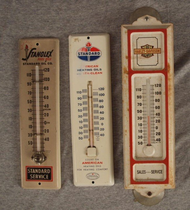 """10: Lot of 3 tin advertising thermometers, """"Stanolex Fu"""