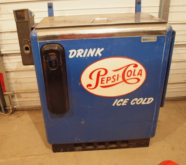 362: Pepsi-Cola coin operated bottle cooler, 10 cent, I