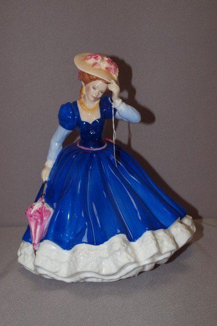 "189A: Royal Doulton ""Mary"" lady figure, HN3375"