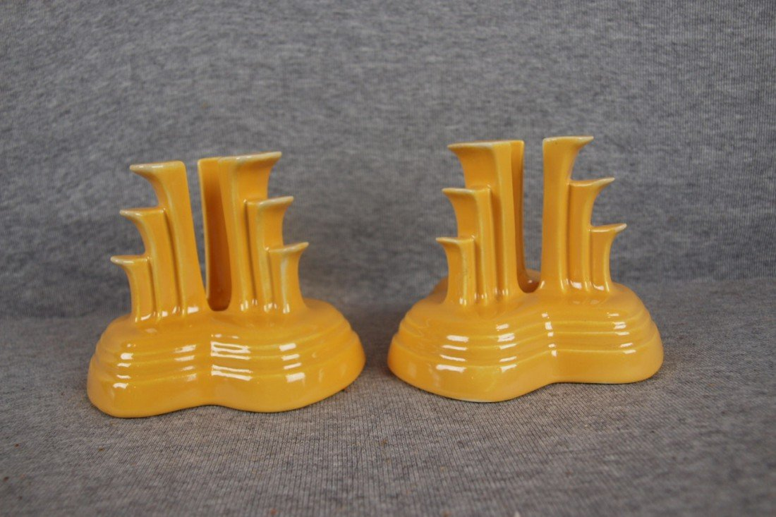 8: Fiesta yellow pair of tripod candle holders
