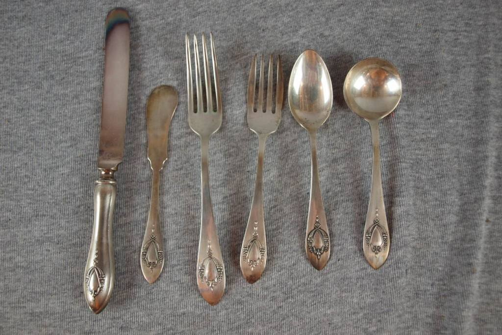 5:  Set of sterling silver flatware, partial service fo