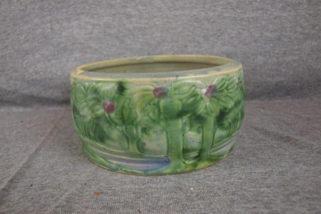 "47: Roseville Vista small bowl, rim nick, 7"""
