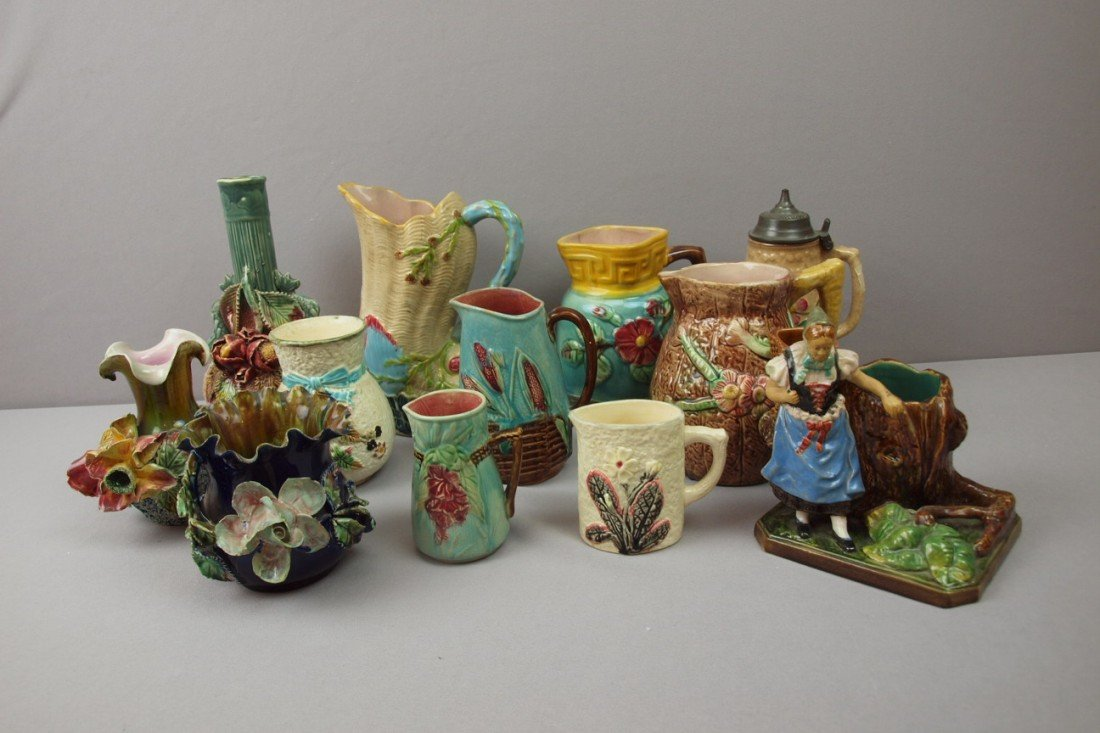 1:  Majolica lot of 12 pieces - 7 pitchers, figural mat