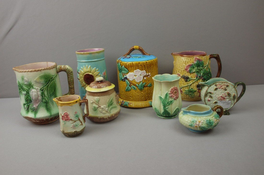 3:  Majolica lot of 9 pieces - 5 pitcher/creamers, suga