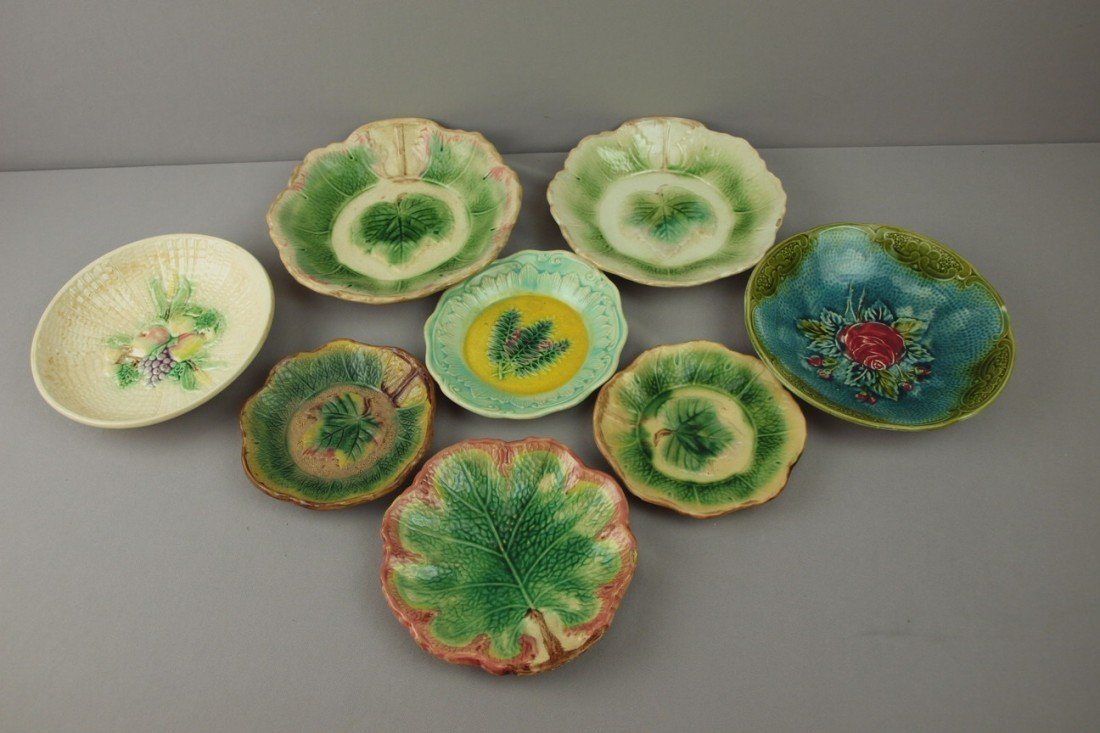 16:  Majolica lot of 8 bowls, various condition