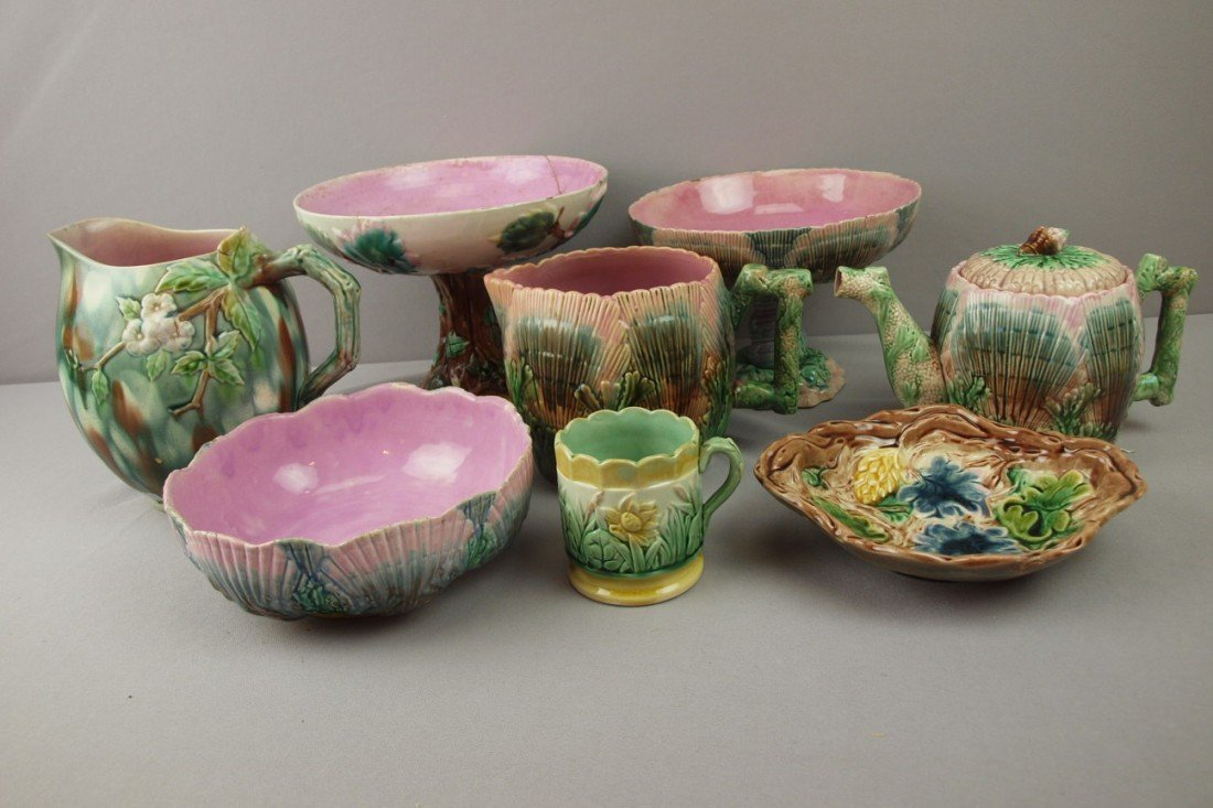 31:  ETRUSCAN lot of 8 pieces - shell and seaweed - com