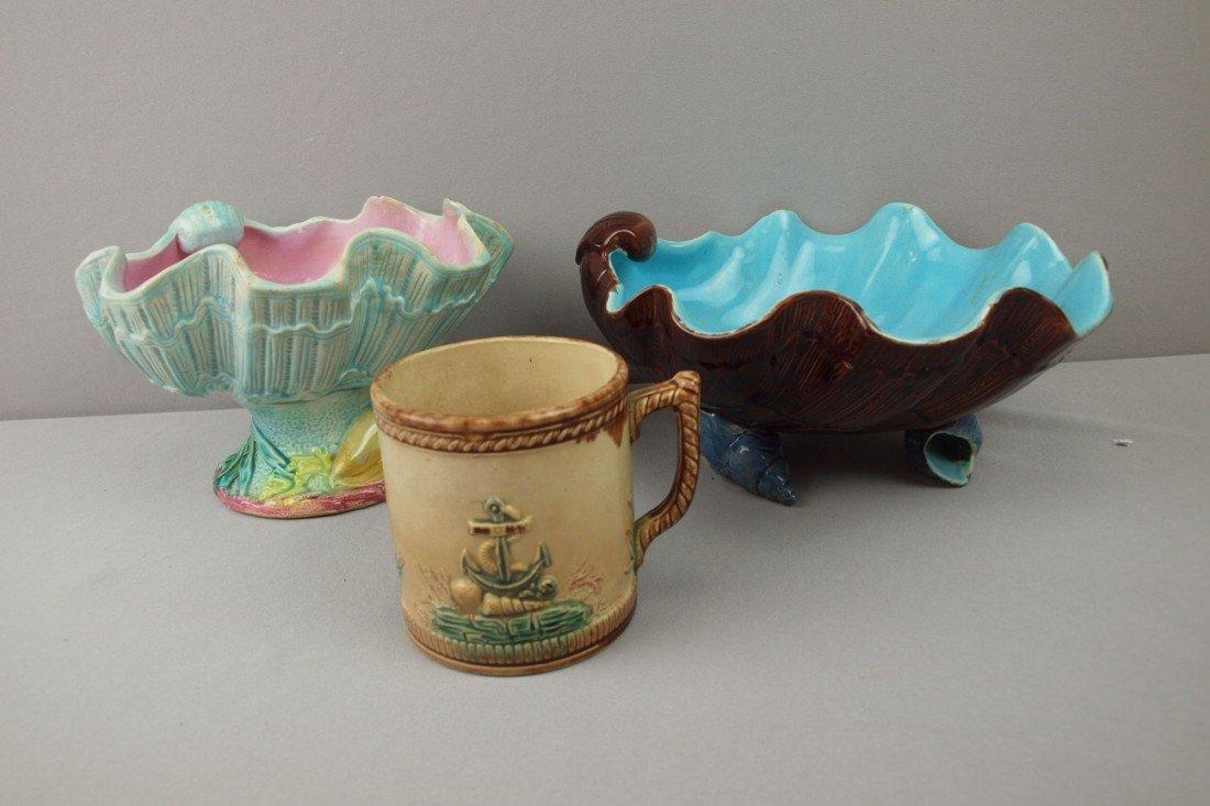33:  Majolica lot of 2 shell bowls and mug with anchor,