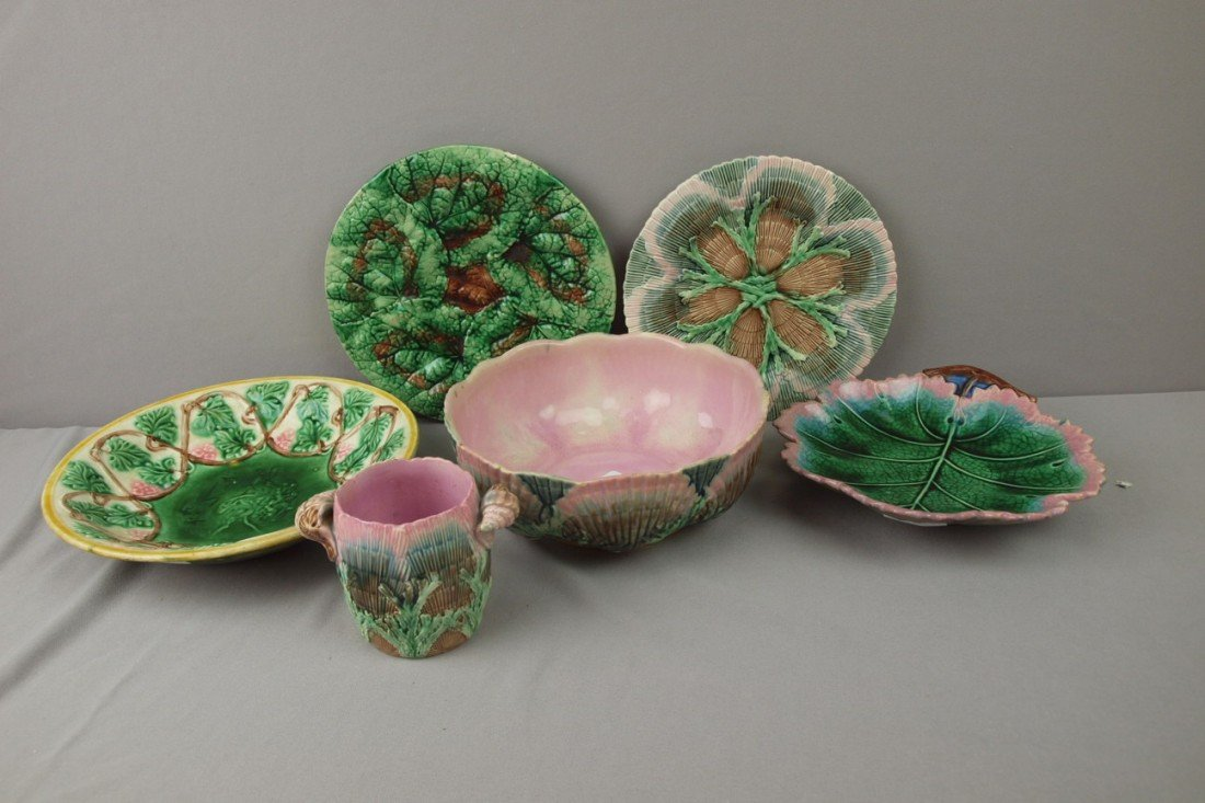 53:  ETRUSCAN majolica lot of 6 items - shell and seawe