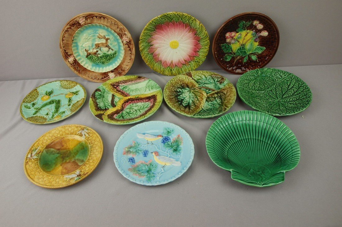 70:  Majolica lot of 10 plates, various condition