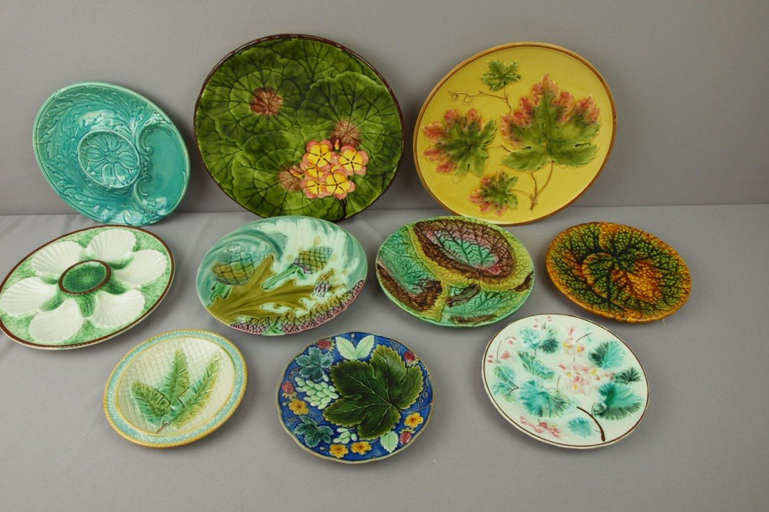 71:  Majolica lot of 10 plates, various condition