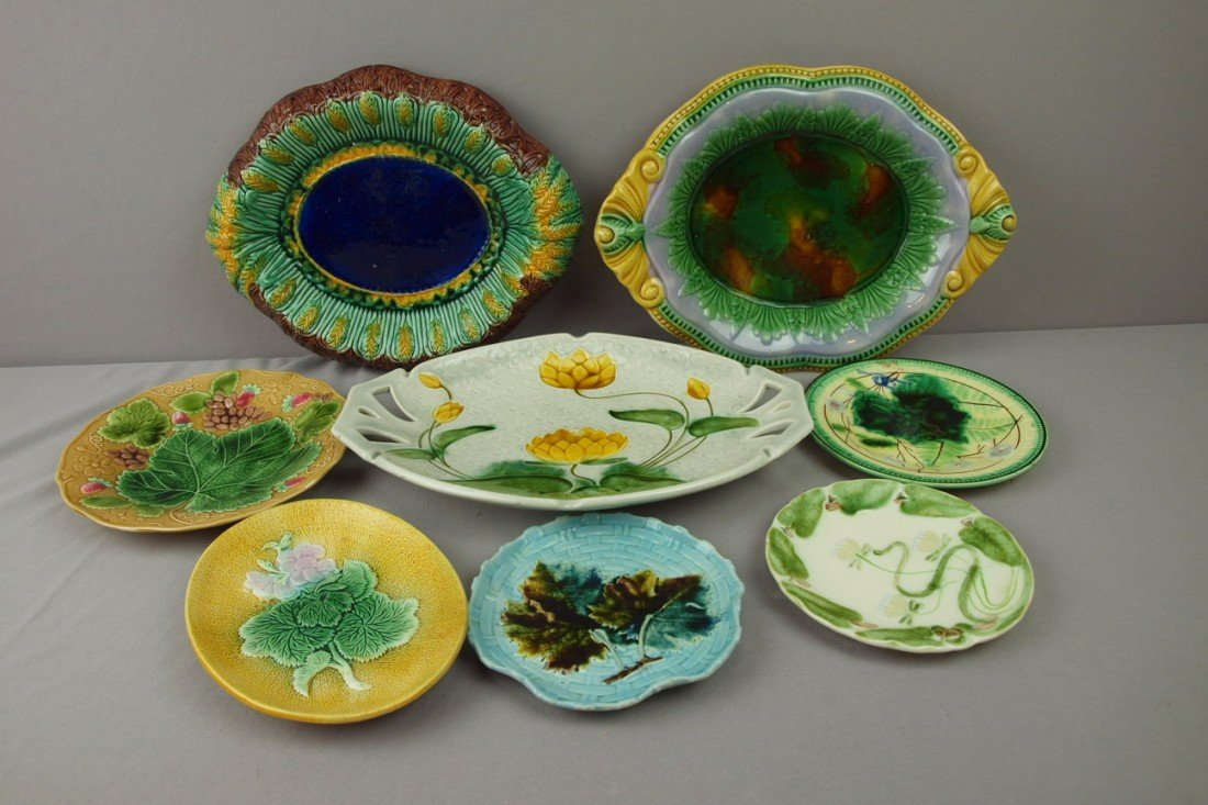 76:  Majolica lot of 5 plates and 3 platters, various c