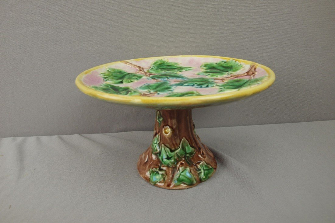 "83:  ETRUSCAN maple leaves cake stand, 9""d"
