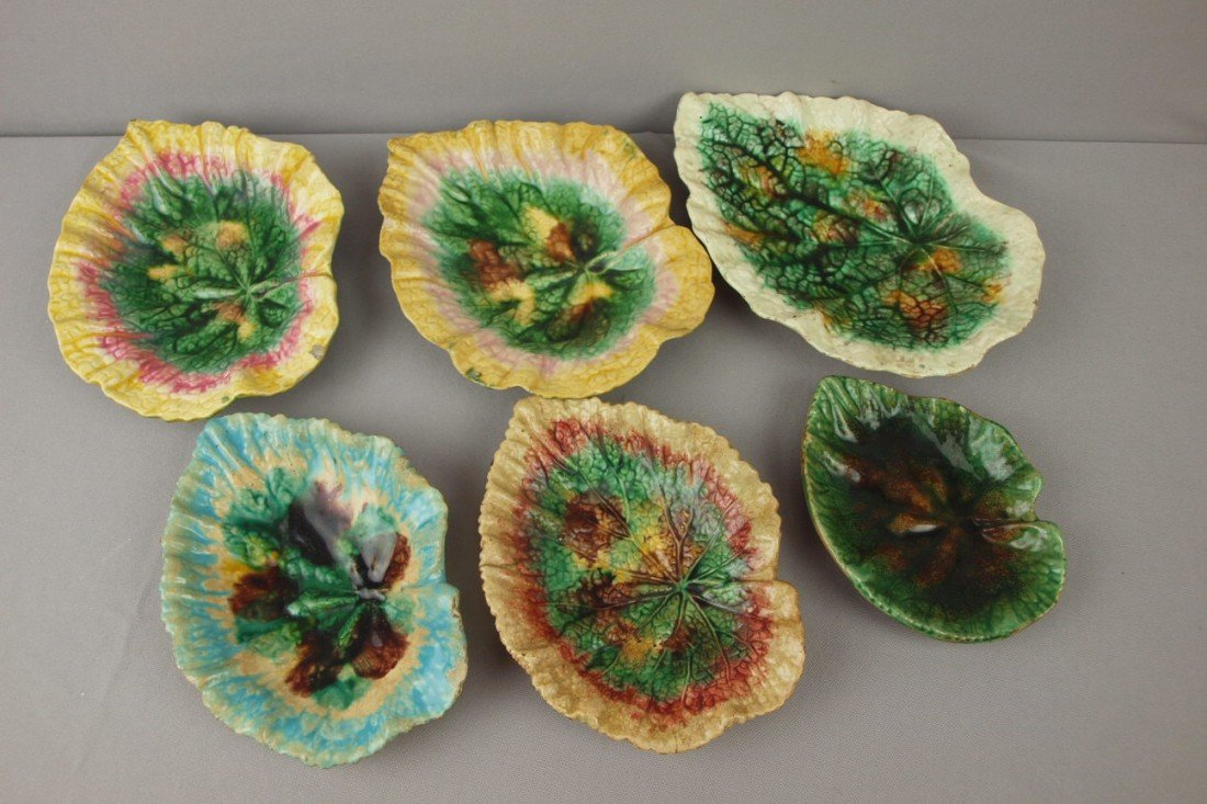 88:  Majolica lot of 6 begonia dishes, various conditio