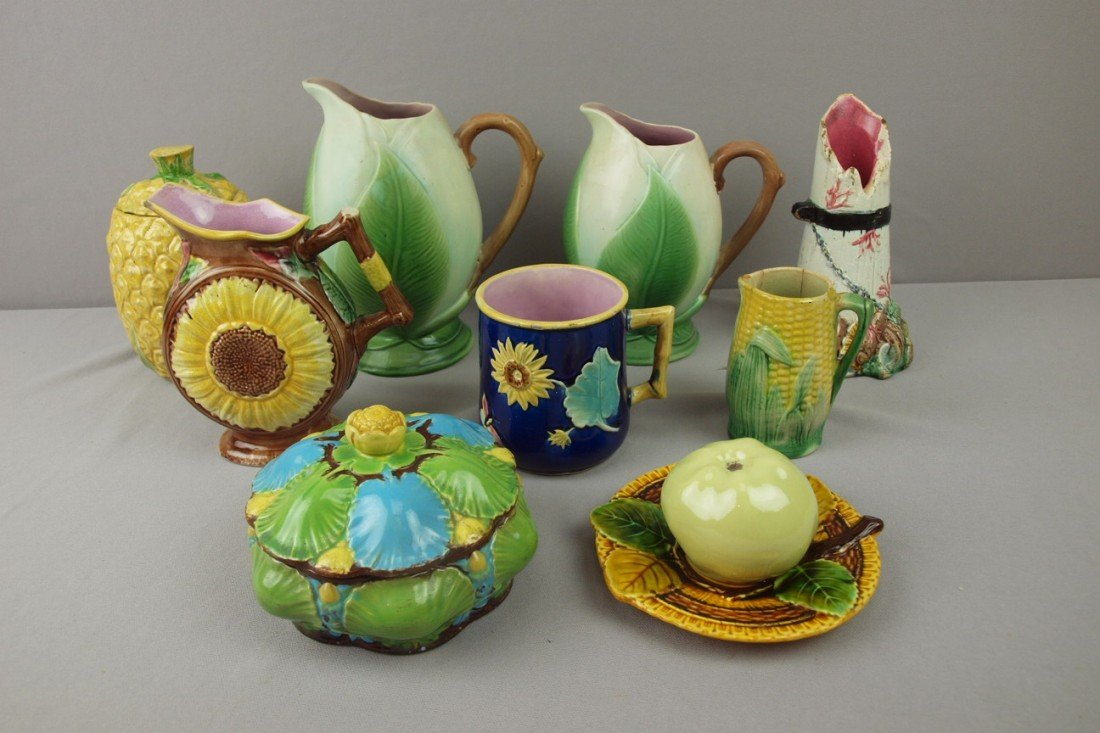 115:  Majolica lot of 9 pieces, various condition - 4 p