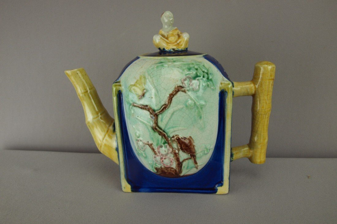 158:  Majolica teapot with seated Chinaman on lid, 7 1/