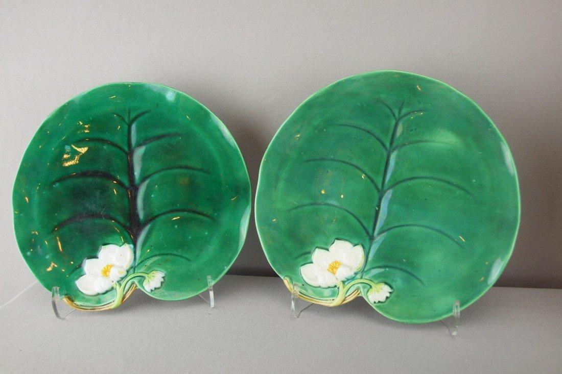"502:  GEORGE JONES pair of pond lily plates, 8 1/4"", ni"