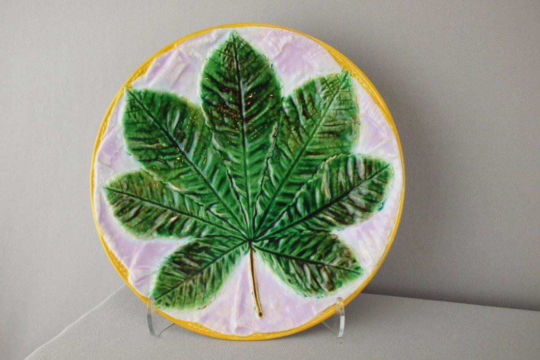504:  GEORGE JONES majolica chestnut leaf on pink napki