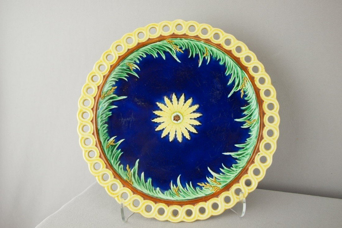 528:  WEDGWOOD cobalt floral plate with reticulated rim