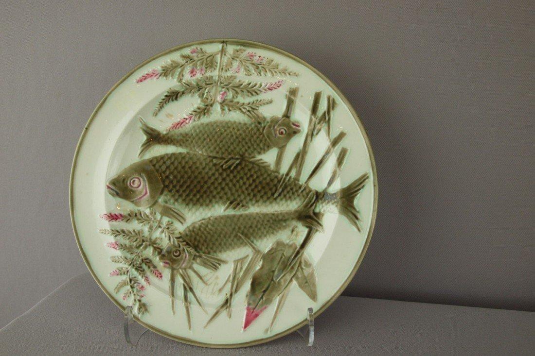 548:  WEDGWOOD Argenta triple fish and fern plate, 8 3/