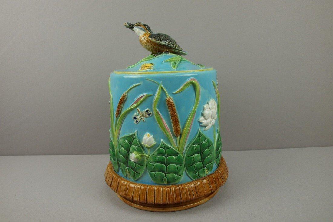 581:  GEORGE JONES majolica turquoise king fisher and p