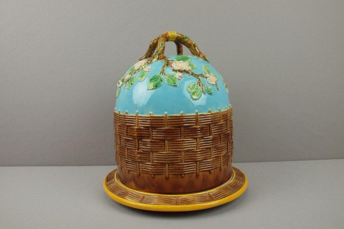 587:  GEORGE JONES turquoise majolica apple blossom ful