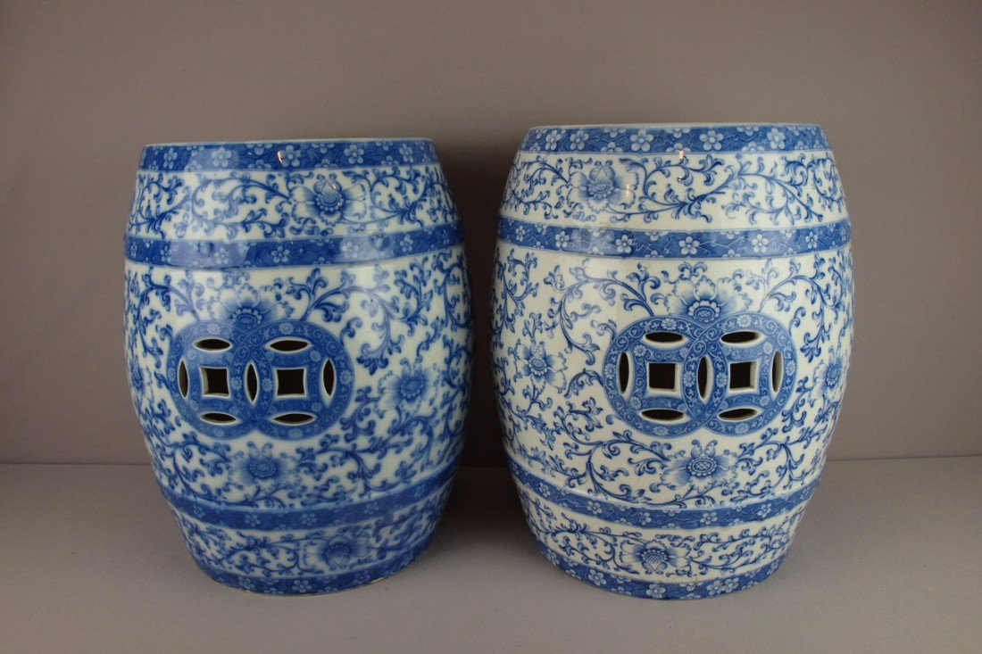 680:  MINTON pair of blue and white transferware floral