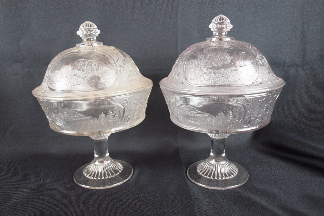 9: EAPG Canada lot of 2 covered comports, chip to lid o
