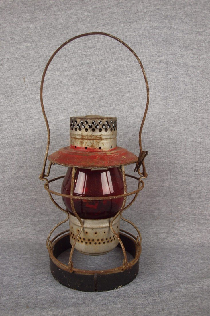 18: Handlan railroad lantern with weighted base, red gl