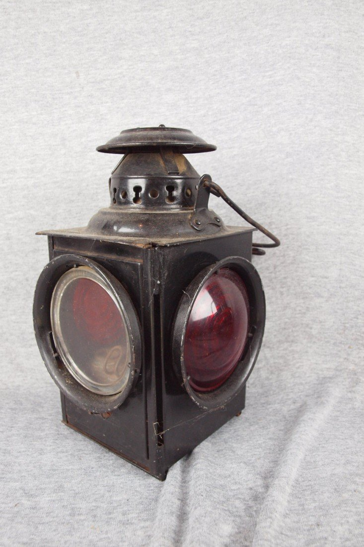 60: Dressel 4 light railroad lamp with 2 clear and 2 re