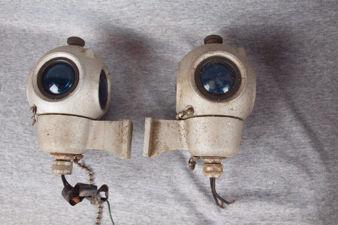 61: Cast aluminum pair of 4 light wall mounted lights e