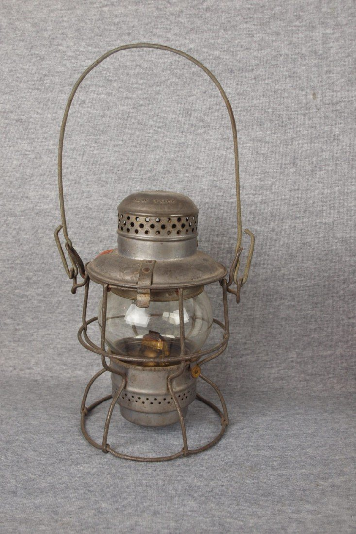 """122: Amspear """"1925"""" railroad lantern embossed with PRR"""