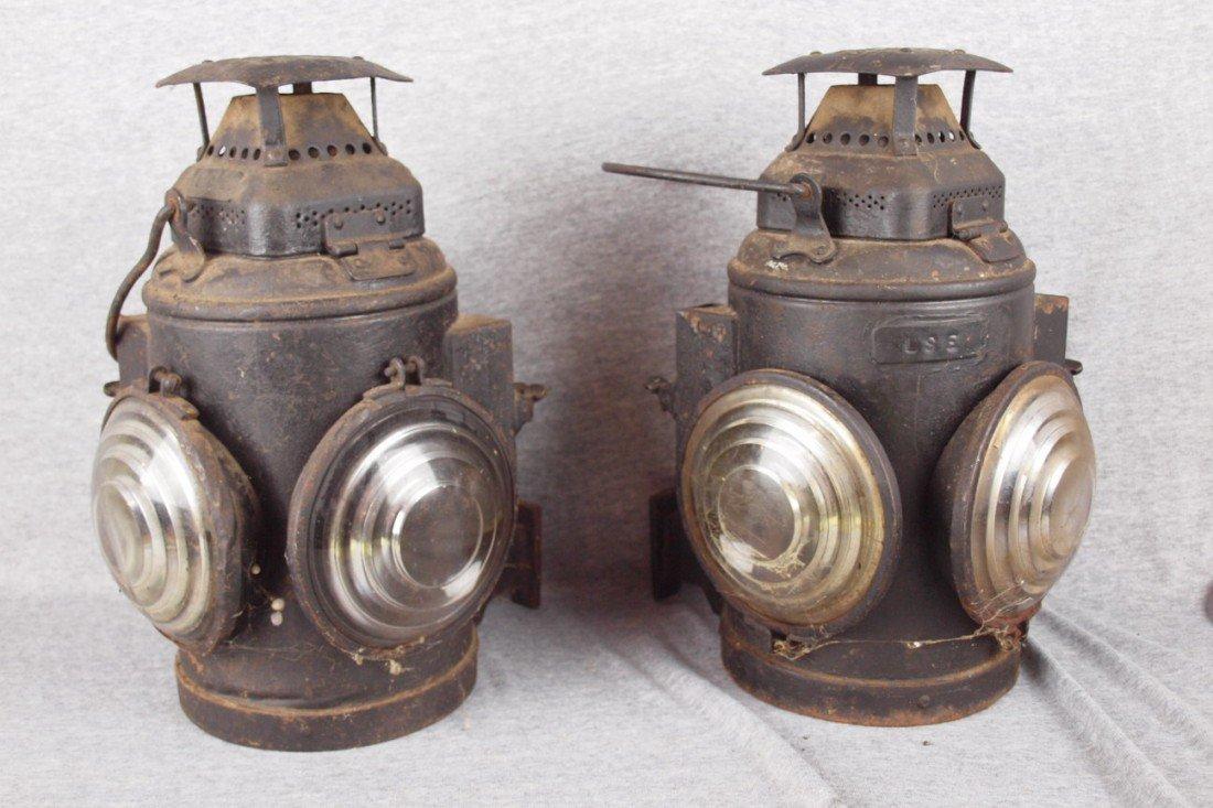 130: Adlake pair of marker lights each with 2 lenses, e