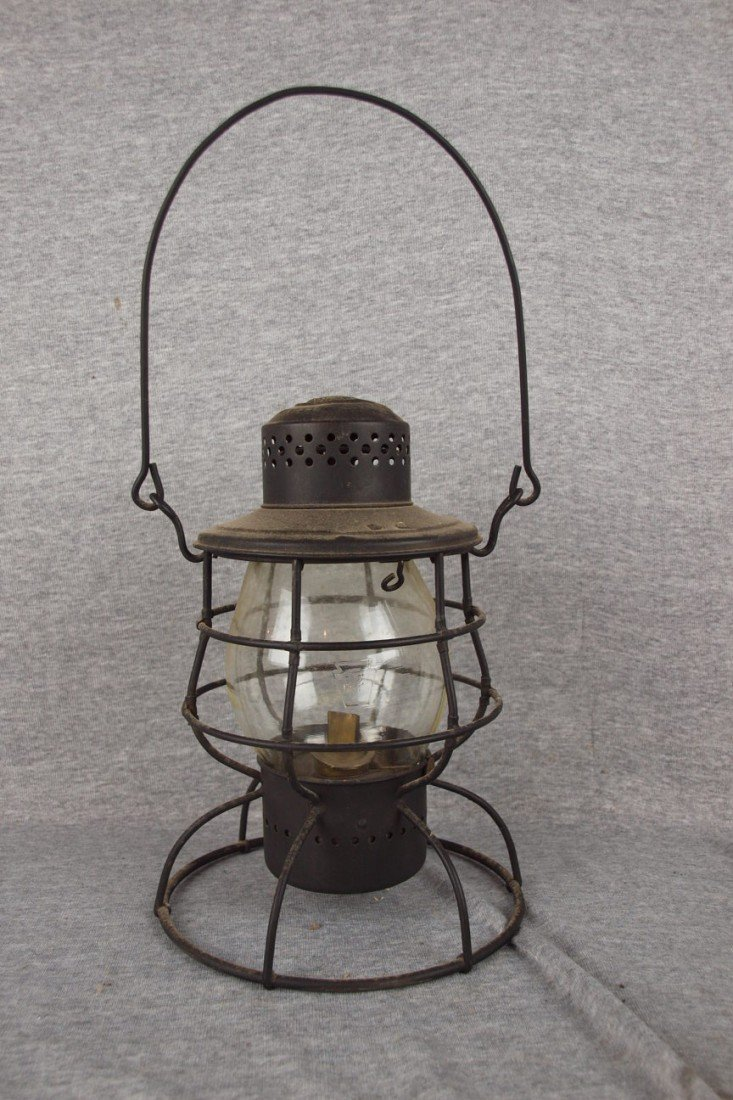 138: Defiance Lantern & Stamping Co, Rochester, Ny rail