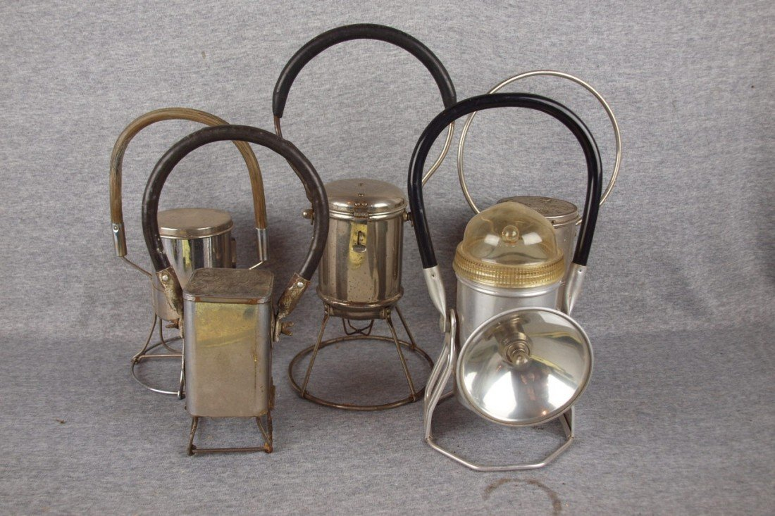 171: Lot of 5 battery operated lanterns