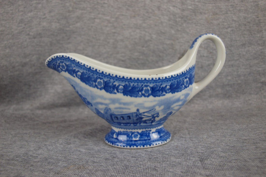 518: B&ORR railroad china gravy boat, Shenango China