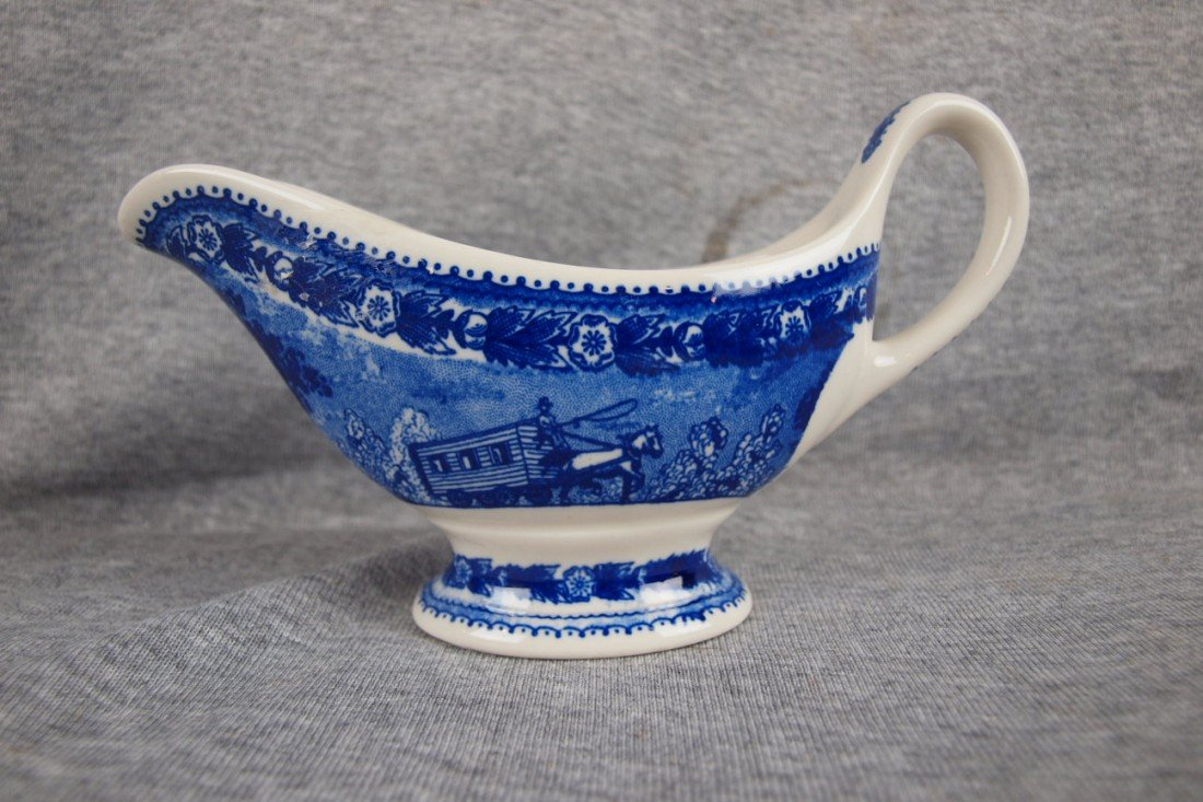 519: B&ORR railroad china gravy boat, Shenango China