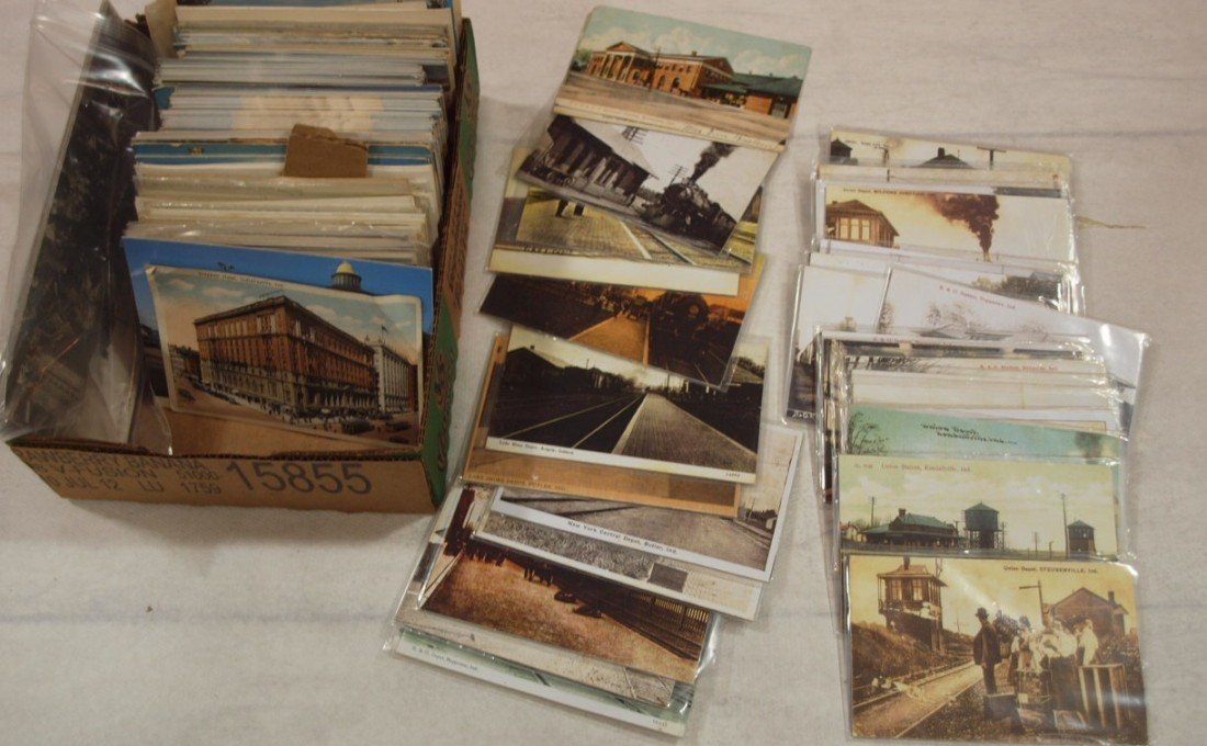 1035: Box of assorted railroad postcards