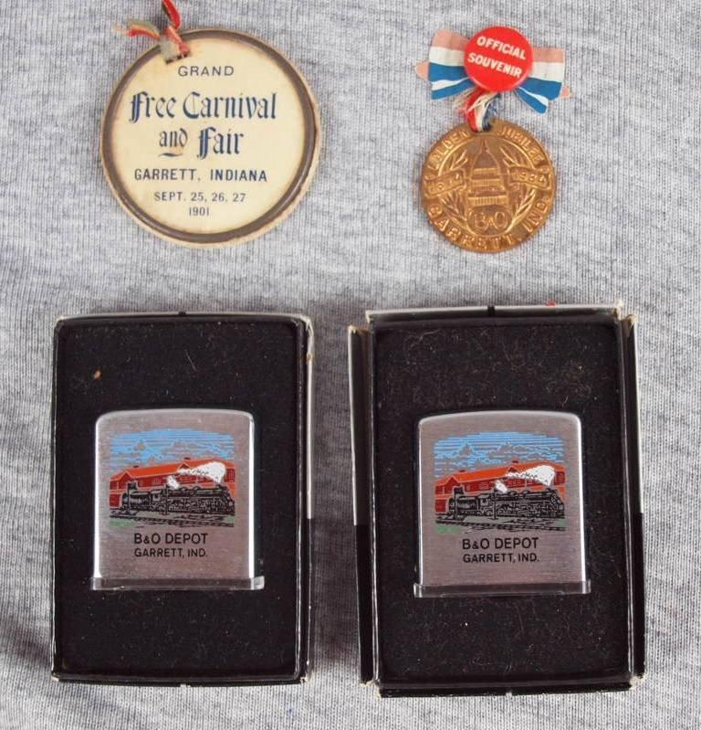 35:  Lot of 4 Garrett, Indiana souveniers - 2 pins and