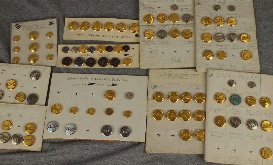 43: Lot of 325 assorted railroad uniform buttons