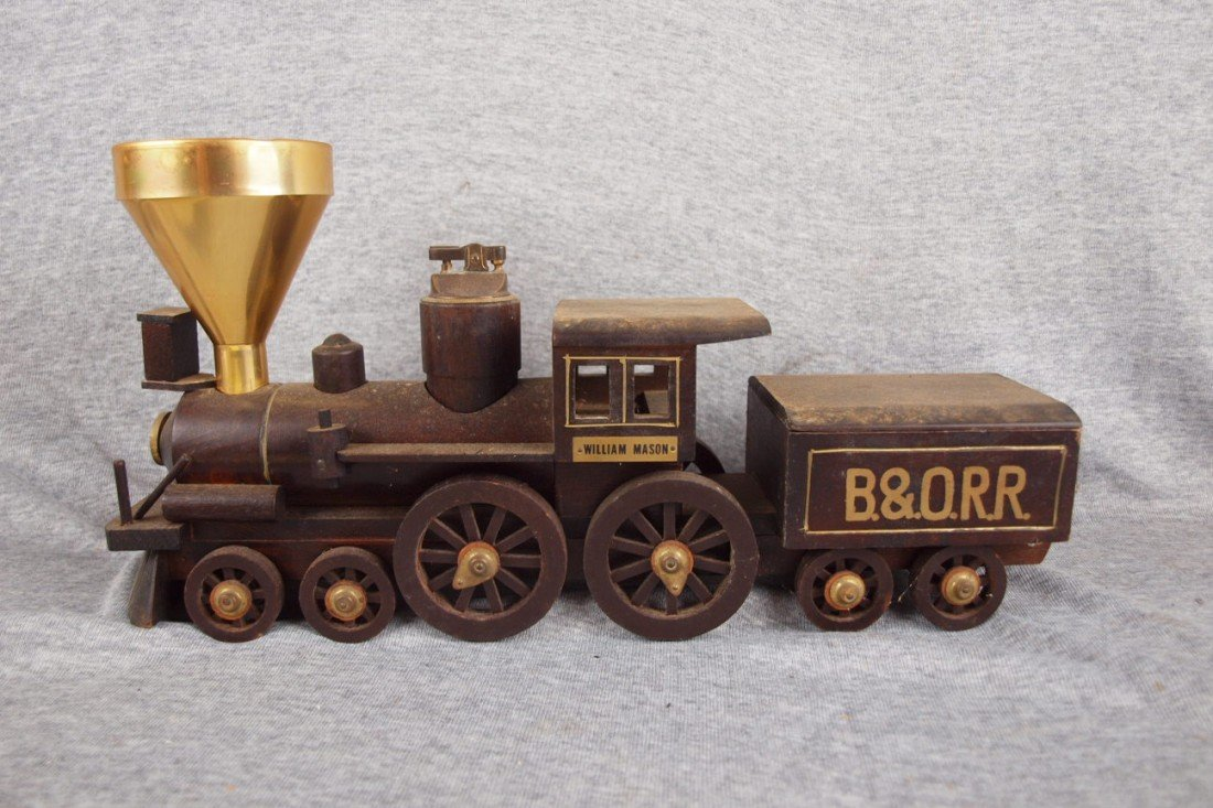 113:  B&ORR wood train smoke set with lighter, smokesta